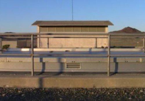 Vista da parte externa do abrigo nuclear. A empresa deve construir 20 locais espalhados pelos EUA